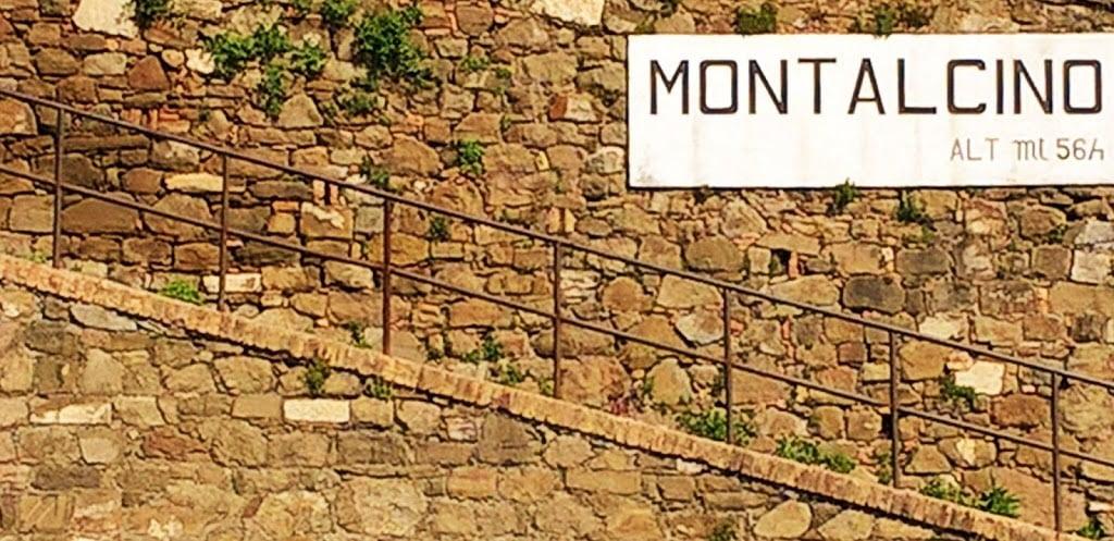 Tuscany Signage
