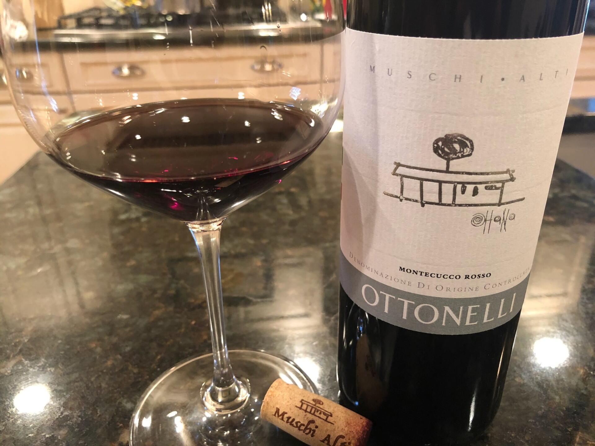 Montecucco Rosso bottle